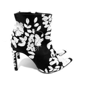 Zara Trafaluc Embroidered Floral Booties